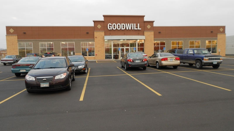 Goodwill - Forest Lake, MN Image