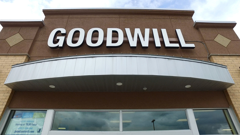 Goodwill - Monticello, MN Image